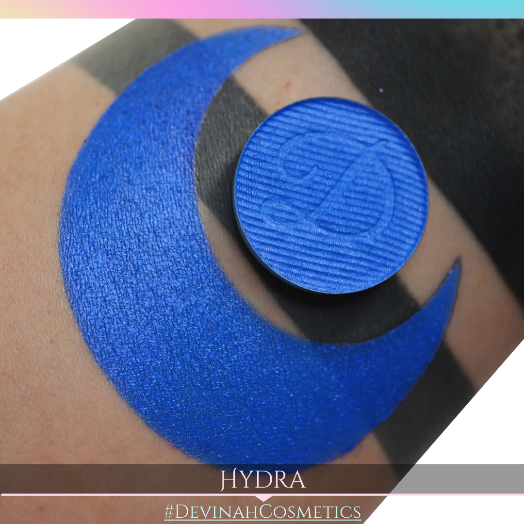 Hydra bluest blue shimmer eyeshadow