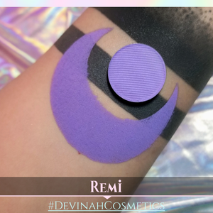 Matte eyeshadow, purple, violet, indigo, blue toned eye shadow