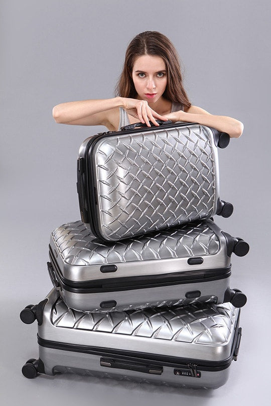 LE MAURICE & CO. LILLE Suitcase Medium 68 cm Brushed Platinum 中型啞光絲銀