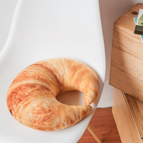 LM TRAVEL SEASON Goodies ● 吃貨系列 ● Croissant Travel Pillow 牛角包旅行頸枕