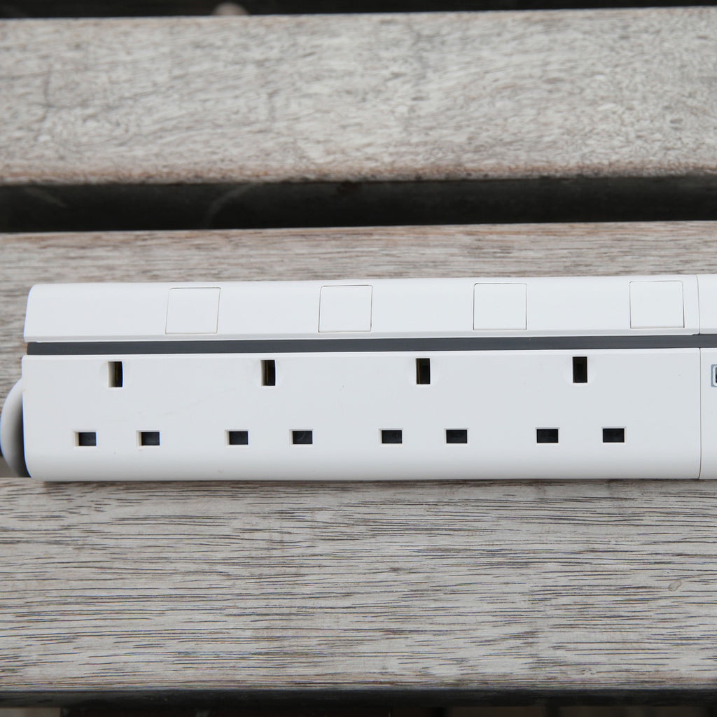 Lexuma XStrip 4 Gang UK Surge Protected Power Strip with 4 USB Charging Ports overview