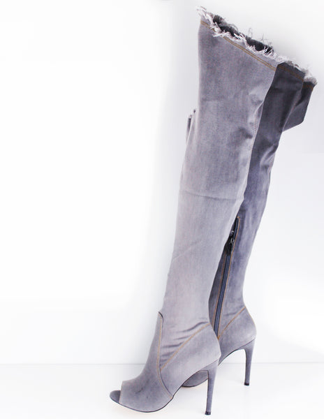 OVER THE KNEE BOOT
