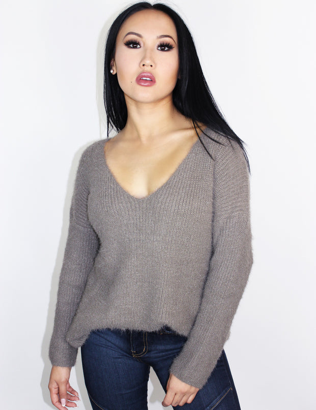 MISTY SWEATER- TAUPE - Blue District