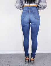 TOLA JEANS - Blue District