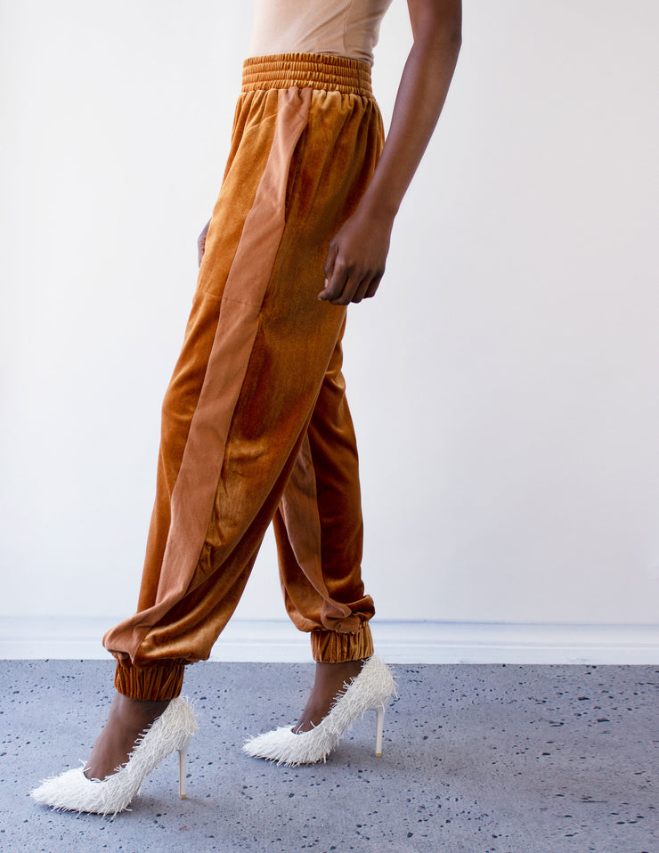 ELITE JOGGERS- RUST - Blue District