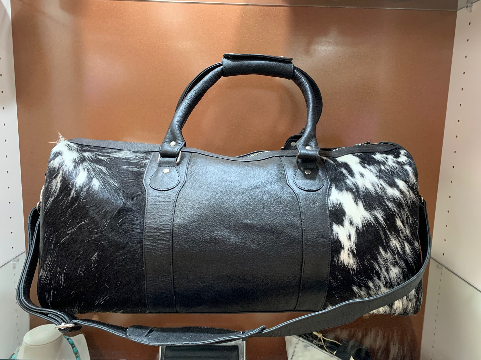 The Cowhide Sydney Weekender Bag 003