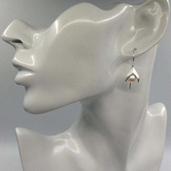 Calla Lily Drop Earrings in Sterling Silver with Freshwater Pearls - Little Bisous