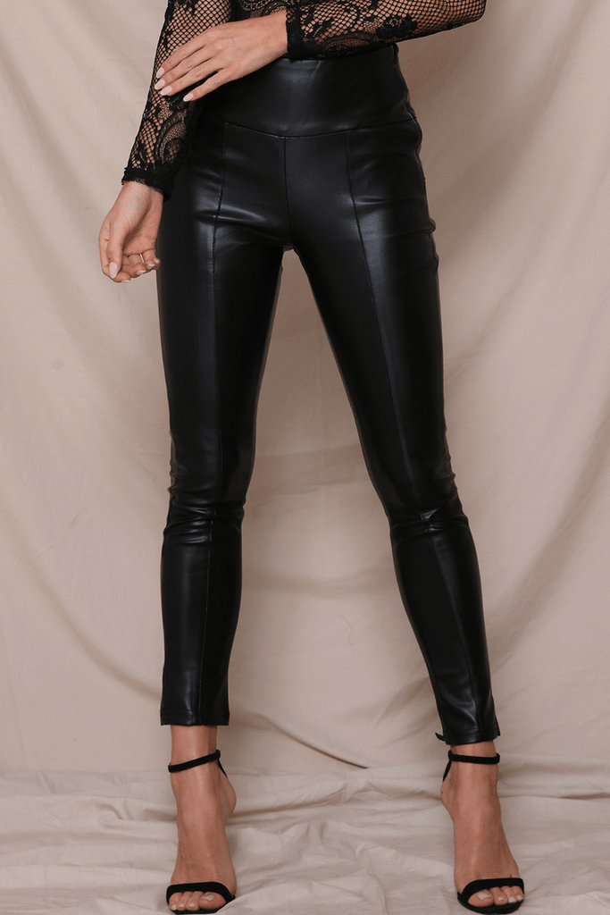 Coyote Pants in Black