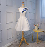 A Line Princess Appliques Sleeveless White Homecoming Dresses Graduation Prom Dress LD1253