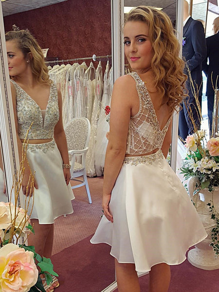 Sexy 2 Piece White Homecoming Dresses Short Back V Beaded Prom Graduation Dress LD1446