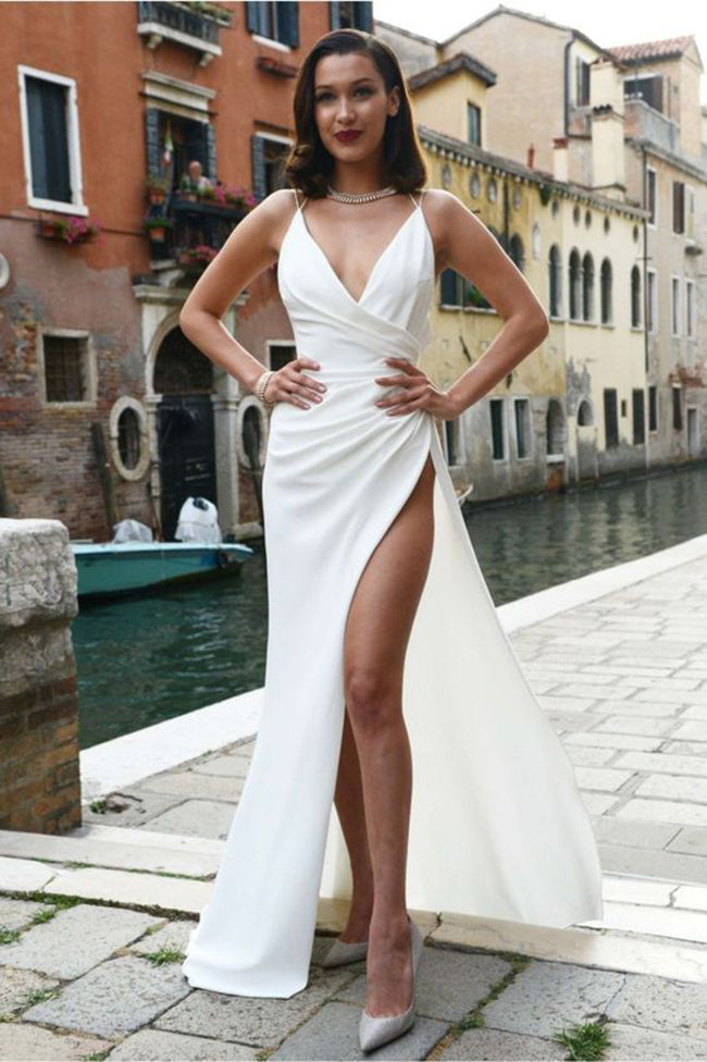 Sexy Backless V Neck Spaghetti Straps White Elegant Prom Dresses Formal Evening Fancy Dress LD1822