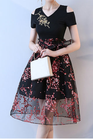 New Arrival V Neck Black Short Sleeves Prom Homecoming Dress Party Dresses LD388