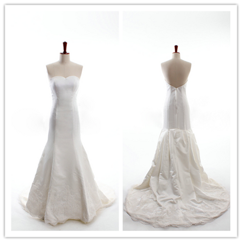 Mermaid/Trumpet V-neck With a Train Organza White Wedding Dress with Ruffles #HS0038