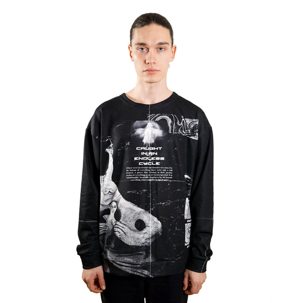 rule of three endless sweatshirt front model