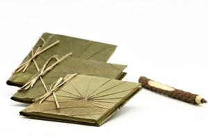 Pocket notebook made of leaf