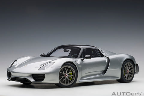 1/12 PORSCHE 918 SPYDER WEISSACH PACKAGE  (GT Silver Metallic)