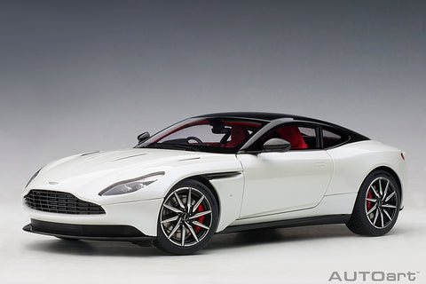 1/18 ASTON MARTIN DB11 (MORNING FROST WHITE)