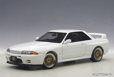 1:18 NISSAN SKYLINE GT-R (R32) V-SPEC II TUNED VERSION