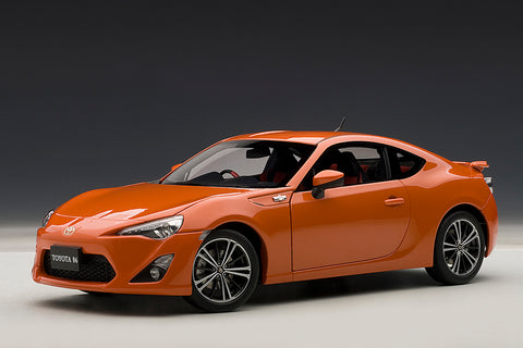 1/18 TOYOTA 86 GT Limited (RHD) (Metallic Orange)