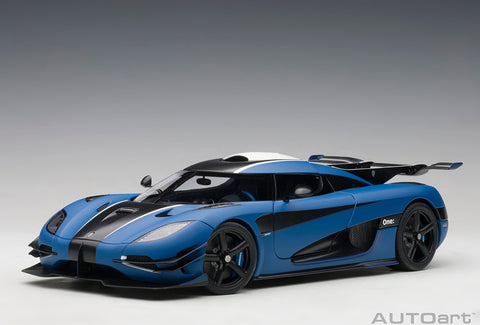1/18 KOENIGSEGG ONE : 1 (Matt Imperial Blue / Carbon Black)