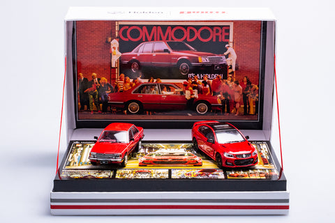 1:43 HOLDEN FIRST AND LAST AUSTRALIAN-MADE COMMODORE TWIN SET