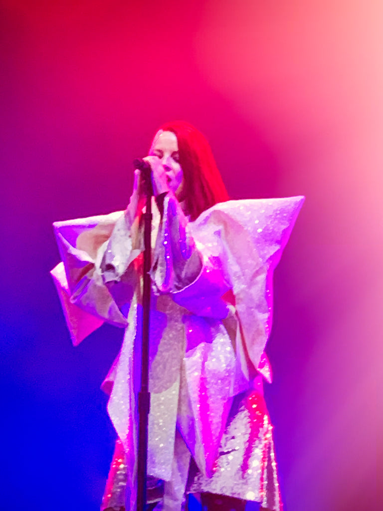 Shirley Manson Garbage live wearing Jivomir Domoustchiev star glitter coat