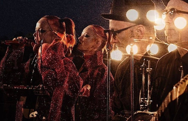 Shirley Manson Garbage x Jivomir Domoustchiev red glitter coat Monday Night football