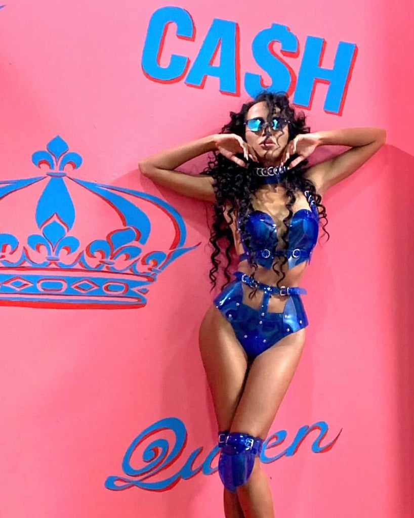 Tsvetina Official wearing Jivomir Domoustchiev Clear Blue Hipster Set