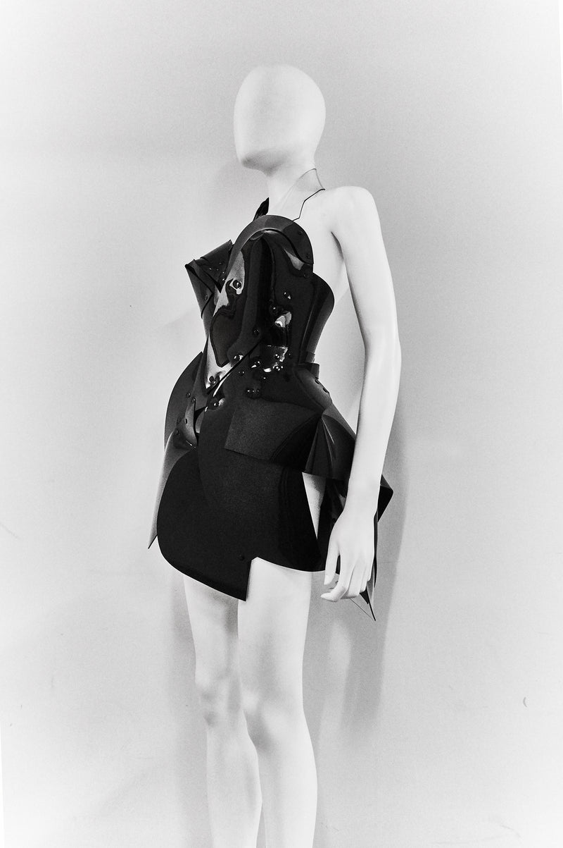 products/Jivomir_Domoustchiev_sculpture_black_dress.jpg