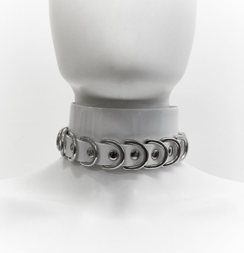 products/Jivomir_Domoustchiev_whiote_multi_ring_collar.jpg