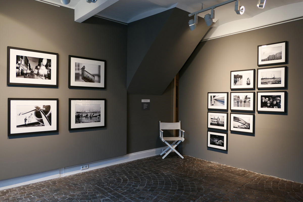 OLD PHOTOS ON NEW WALLS | Fotografieausstellung