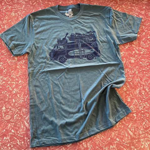 Slow Loris Road Trip Bus Men's tee