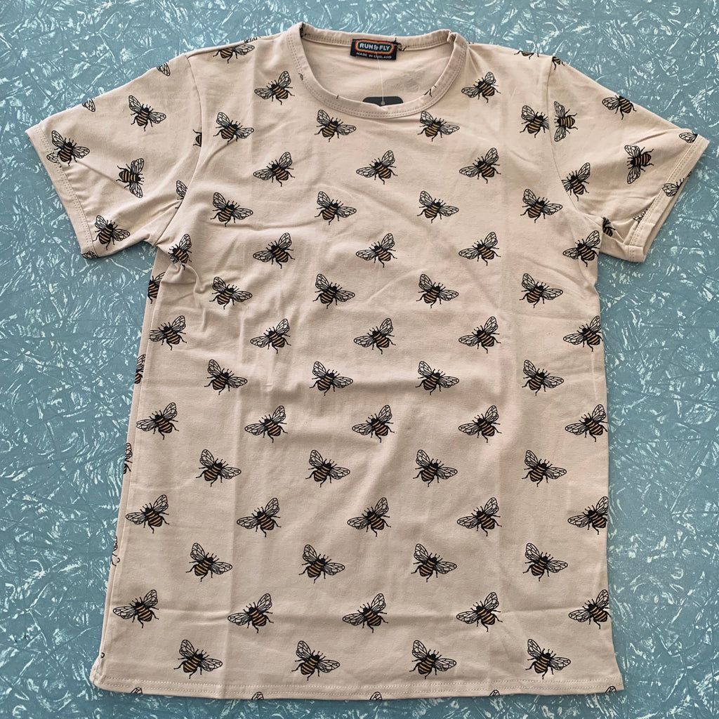Run and Fly Bee Tee Shirt Stone
