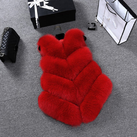 Faux Fur Ribbed Gilet-Red.