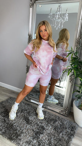 Tie-Dye Oversized T-Shirt & Shorts Co-ord