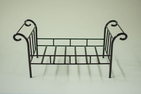 DAYBED :: Timeless Black