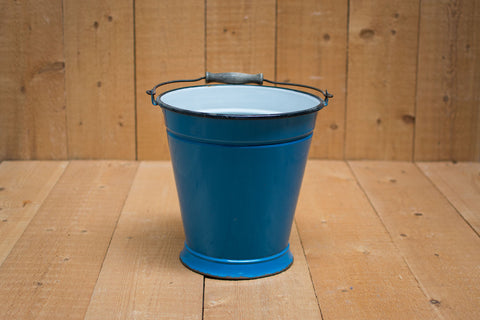 Genuine Vintage Bucket :: Blue
