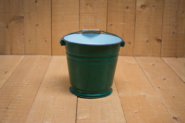 Genuine Vintage Bucket :: Forest green