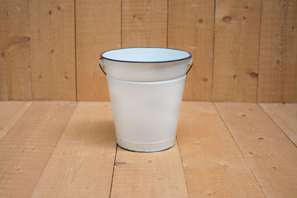 Genuine Vintage Bucket :: White