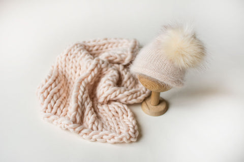 Pale Peach Knit SET II.