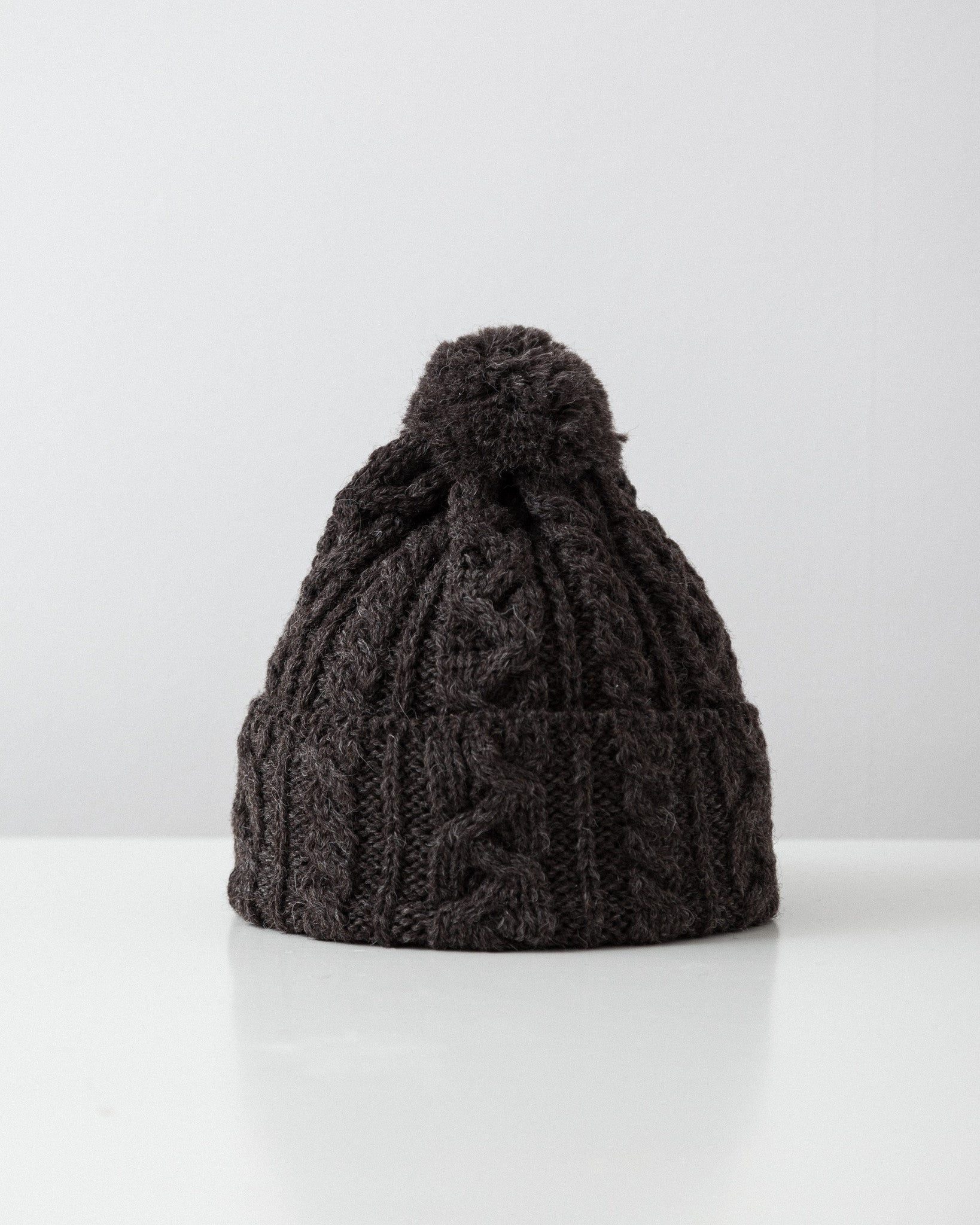 highland2000-cable-knit-hat-brown