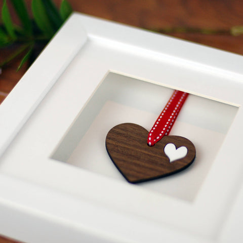 Personalised Double Walnut Wooden Heart Frame – Afewhometruths