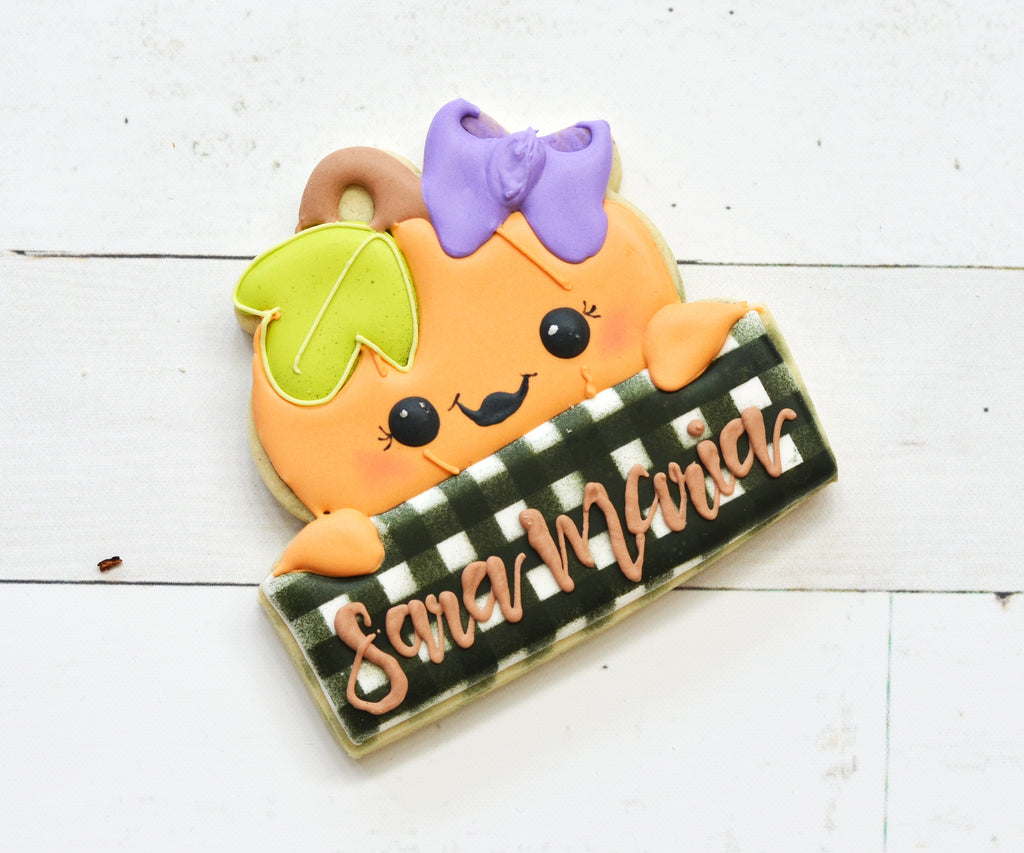Girl Pumpkin Plaque - Cutter