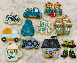 Melissa's Simply Sweet 3 Month Cookie Masters Class Online Set  - Set of 8 Cutters and 3 Stencils - Online Class not included.