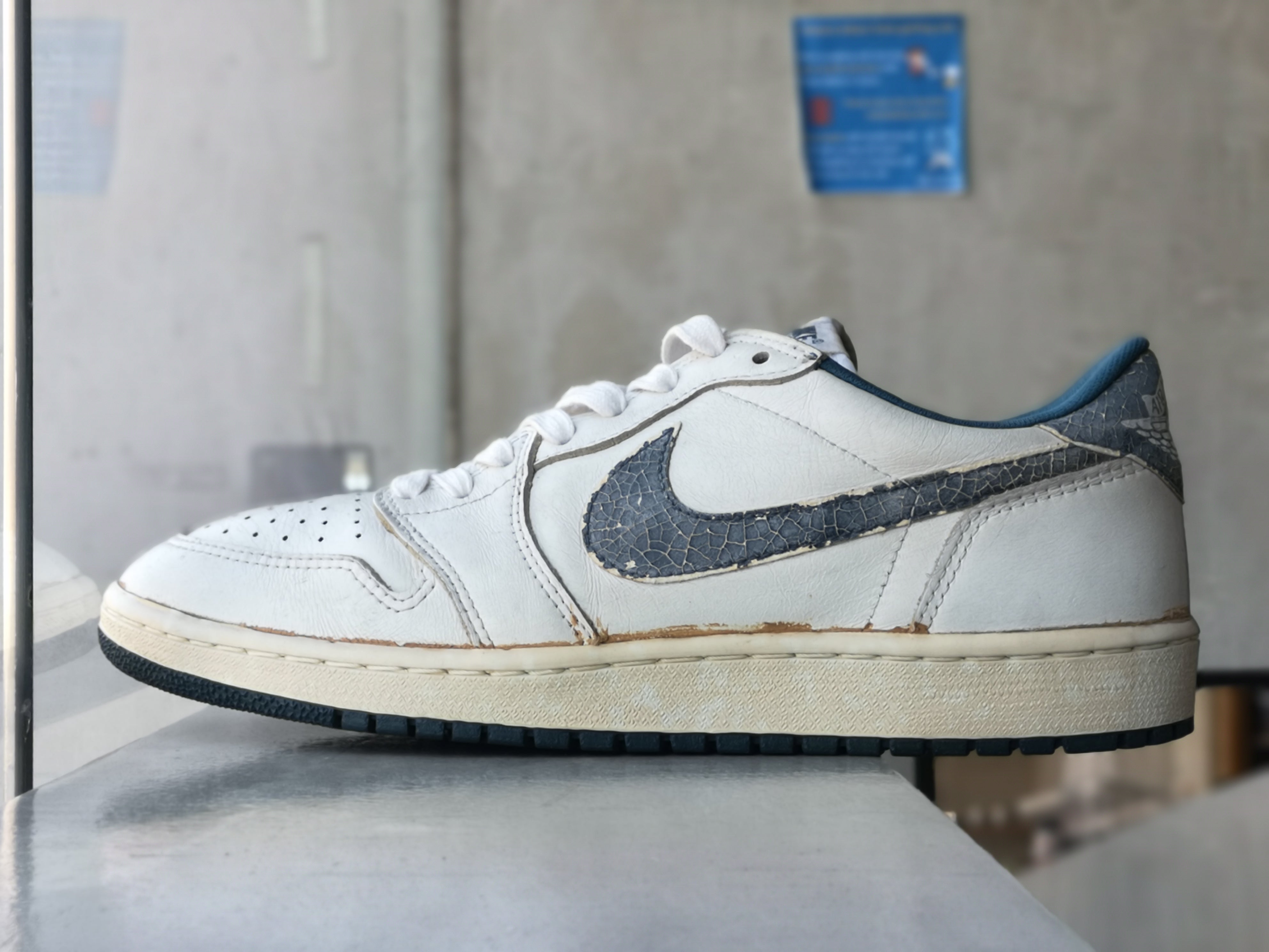 Air Jordan 1 Low Og Blue Metallic 1985