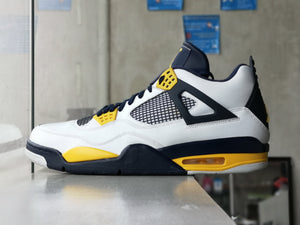 Air Jordan 4 Retro Marquette PE Sample