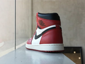 Air Jordan 1 High Retro Chicago 2015