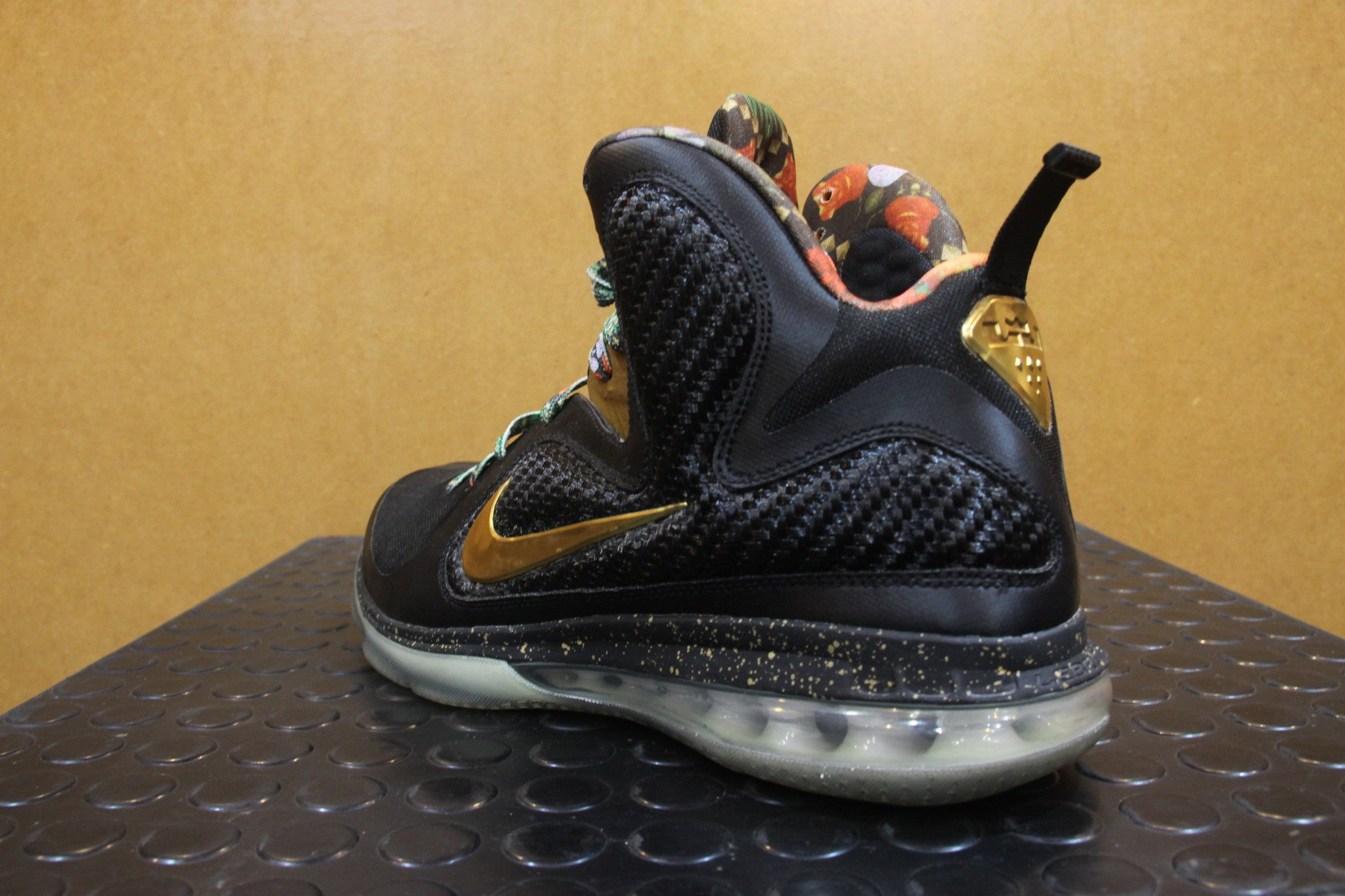 Nike Lebron 9 Watch the Throne