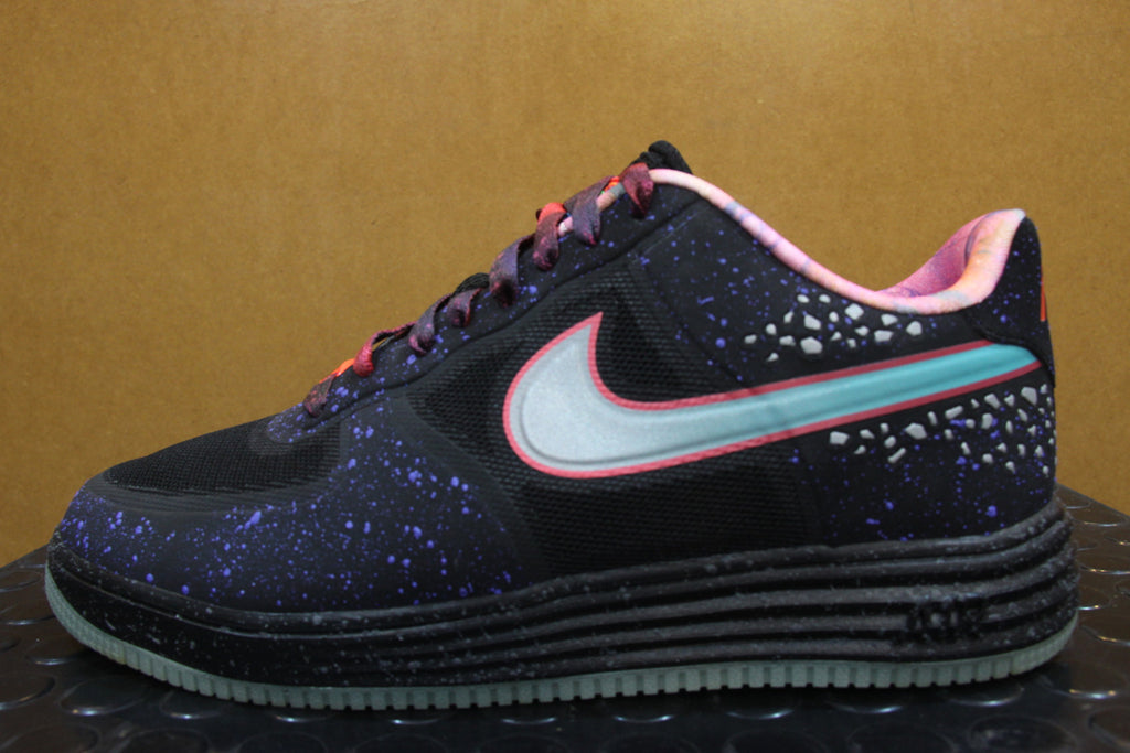 timeless design 7e369 d40c0 Nike Air Force 1 Lunar Area 72