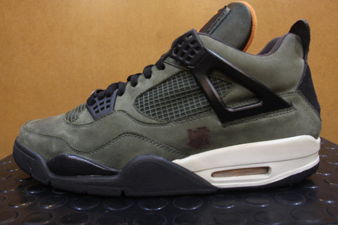 Air Jordan 4 Undefeated Sample